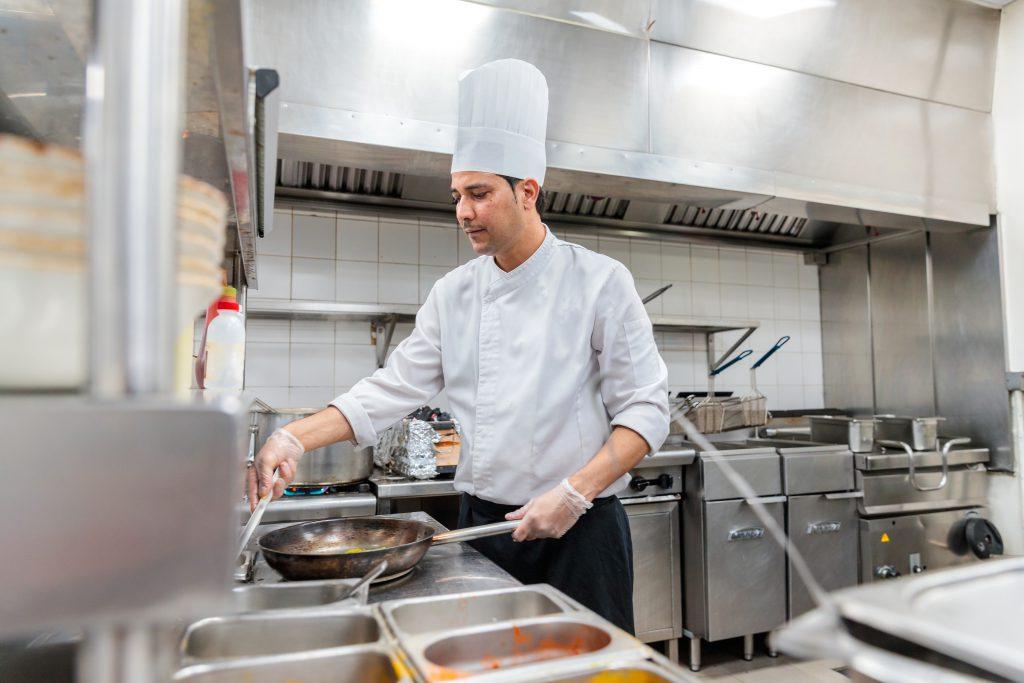Aménagement de restaurant, d'espace de vente, consommation et restauration et de grande cuisine